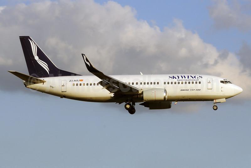Skywings International (Airlift Service) (Hamburg International) Boeing 737-33A WL Z3-AAJ (msn 23827) HAM (Gerd Beilfuss). Image: 903332.