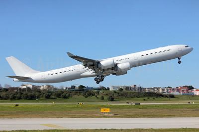 Hifly (Malta) Airbus A340-642 9H-SEA (msn 383) LIS (Pedro Baptista). Image: 923562.