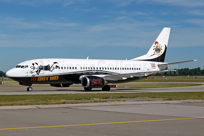 Guns n' Roses - Live Nation (Maleth-Aero) Boeing 737-329 9H-MTF (msn 23774) (Fly Guns n' Roses) MUC (Arnd Wolf). Image: 938158.