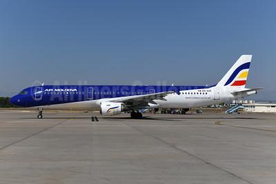 Air Moldova Airbus A321-211 ER-AXR (msn 808) AYT (Ton Jochems). Image: 947537.