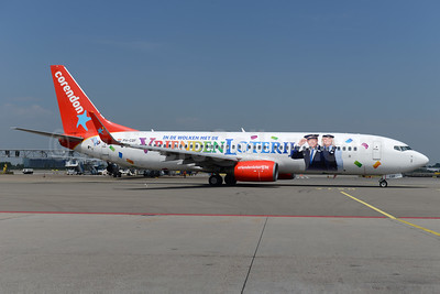 "Corendon's 2017 ""Vrienden Loterij"" promotional lottery livery"