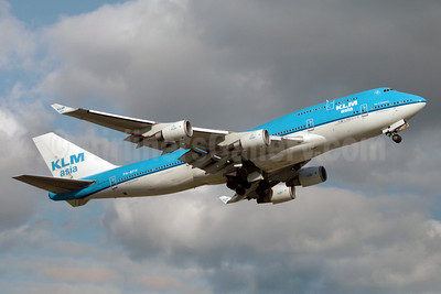 KLM Asia (KLM Royal Dutch Airlines) Boeing 747-406 PH-BFH (msn 24518) YYZ (TMK Photography). Image: 909774.