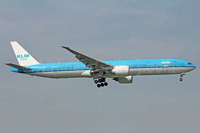 KLM Asia (KLM Royal Dutch Airlines) Boeing 777-306 ER PH-BVC (msn 37582) BKK (Michael B. Ing). Image: 913715.