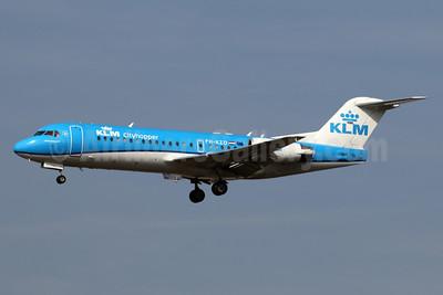 KLM Cityhopper Fokker F.28 Mk. 0070 (Fokker 70) PH-KZD (msn 11582) LHR (SPA). Image: 937631.