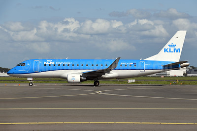 KLM Cityhopper Embraer ERJ 170-200STD (ERJ 175) PH-EXU (msn 17000708) AMS (Ton Jochems). Image: 947633.