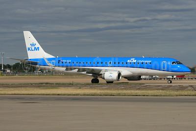 KLM Cityhopper Embraer ERJ 190-100STD PH-EZA (msn 19000224) LHR (SPA). Image: 928997.