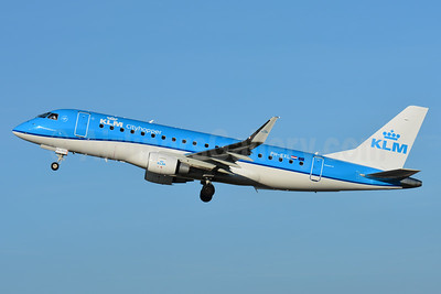 KLM Cityhopper Embraer ERJ 170-200STD (ERJ 175) PH-EXL (msn 17000633) BSL (Paul Bannwarth). Image: 937629.