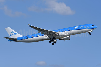 KLM Royal Dutch Airlines Airbus A330-303 PH-AKB (msn 1294) YYZ (TMK Photography). Image: 947013.