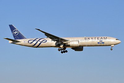 KLM Royal Dutch Airlines Boeing 777-306 ER PH-BVD (msn 35979) (SkyTeam) AMS (Karl Cornil). Image: 913713.