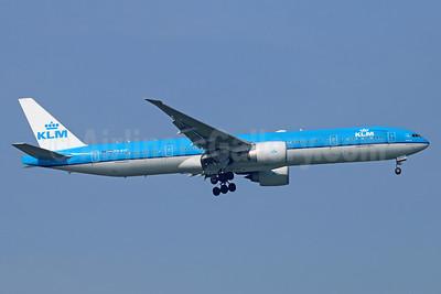 KLM Royal Dutch Airlines Boeing 777-306 ER PH-BVF (msn 39972) BKK (Michael B. Ing). Image: 935354.