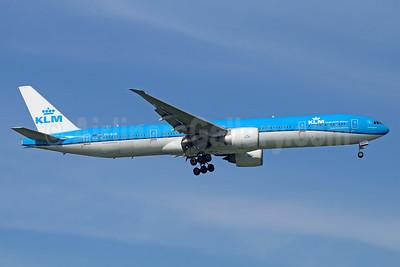 KLM Royal Dutch Airlines Boeing 777-306 ER PH-BVA (msn 35671) BKK (Michael B. Ing). Image: 935352.