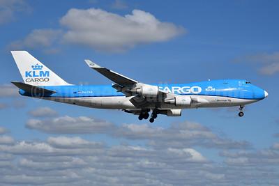 KLM Cargo (Royal Dutch Airlines) - Martinair Boeing 747-406 ERF PH-CKB (msn 33695) MIA (Bruce Drum). Image: 105232.