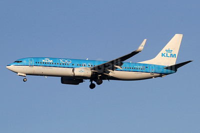 KLM Royal Dutch Airlines Boeing 737-8K2 WL PH-BXM (msn 30355) (100 Years) LHR (SPA). Image: 948510.