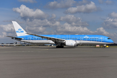 KLM Royal Dutch Airlines Boeing 787-9 Dreamliner PH-BHA (msn 36113) AMS (Ton Jochems). Image: 941404.