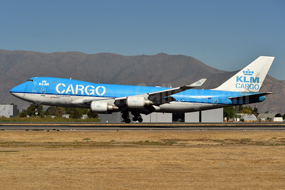 KLM Cargo (Royal Dutch Airlines) - Martinair Boeing 747-406 ERF PH-CKC (msn 33696) SCL (Ken Petersen). Image: 944654.