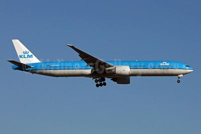 KLM Royal Dutch Airlines Boeing 777-306 ER PH-BVC (msn 37582) JFK (Jay Selman). Image: 908294.