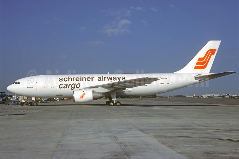 Schreiner Airways Cargo Airbus A300B4-203 (F) PH-SFM (msn 274) AMS (Christian Colopati Collection). Image: 913929.