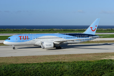 TUI Airlines (Netherlands) Boeing 787-8 Dreamliner PH-TFL (msn 37228) CUR (Ton Jochems). Image: 936994.