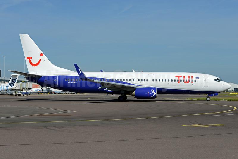 Unique TUI - Blue Air hybrid livery