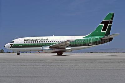 Transavia Holland Boeing 737-2K2 PH-TVU (msn 22906) ATH (Richard Vandervord). Image: 949044.