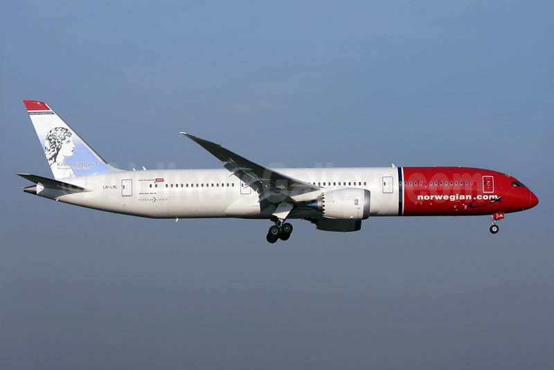 Norwegian Air Shuttle (Norwegian.com) (Norwegian Long Haul) Boeing 787-9 Dreamliner LN-LNL (msn 37931) (Kirsten Flagstad, Norwegian Opera Singer) LGW (Antony J. Best). Image: 936089.