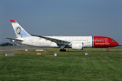 Norwegian Air Shuttle (Norwegian.com) (Norwegian Long Haul) Boeing 787-8 Dreamliner EI-LNE (msn 34796) (Roald Amundsen) LGW (Antony J. Best). Image: 924013.
