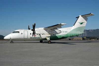 Wideroe (Widerøe's Flyveselskap AS) Bombardier DHC-8-103 Dash 8 LN-WIB (msn 360) TRD (Ton Jochems). Image: 953117.