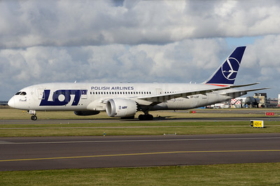LOT Polish Airlines Boeing 787-8 Dreamliner SP-LRF (msn 35942) AMS (Ton Jochems). Image: 937090.