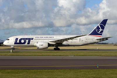 LOT Polish Airlines Boeing 787-8 Dreamliner SP-LRF (msn 35942) AMS (Ton Jochems). Image: 937089.