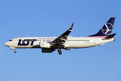 LOT's first MAX 8, arrived in Warsaw on December 2, in service to Heathrow on December 4, 2017
