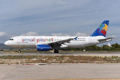 Small Planet Airlines (Poland) Airbus A320-232 SP-HAG (msn 1723) PMI (Ton Jochems). Image: 943842.