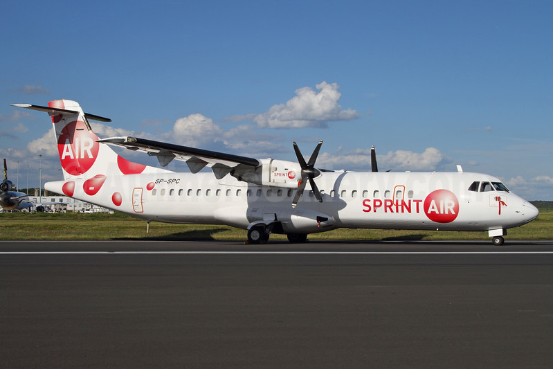 Sprint Air (Sky Express) ATR 72-202 SP-SPC (msn 272) CGN (Rainer Bexten). Image: 939088.