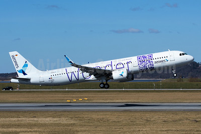 "Azores Airlines' new ""Wonder"" Visit Azores logo jet"