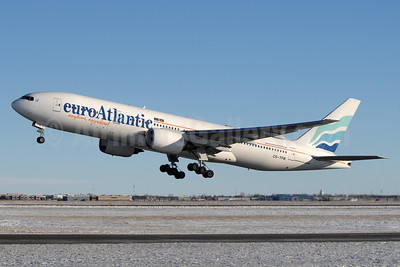 EuroAtlantic Airways Boeing 777-212 ER CS-TFM (msn 28513) YYC (Chris Sands). Image: 933294.