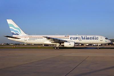 EuroAtlantic Airways Boeing 757-2G5 CS-TLX (msn 24176) LHR (SPA). Image: 933293.