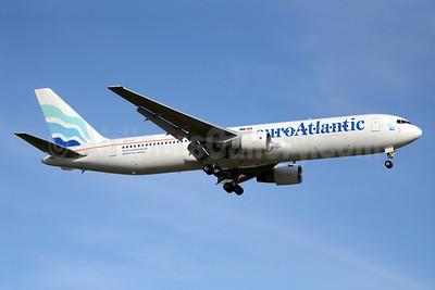 EuroAtlantic Airways Boeing 767-383 ER CS-TLO (msn 24318) YYZ (TMK Photography). Image: 913530.