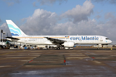 EuroAtlantic Airways Boeing 757-2G5 CS-TLX (msn 24176) CDG (Christian Volpati). Image: 901475.