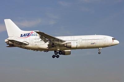 LuzAir Transportes Aereos Lockheed L-1011-385-3 TriStar 500 CS-TMP (msn 1248) LGW (Keith Burton). Image: 900994.