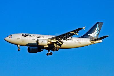 SATA Internacional Airbus A310-304 CS-TKM (msn 661) YYZ (TMK Photography). Image: 904601.