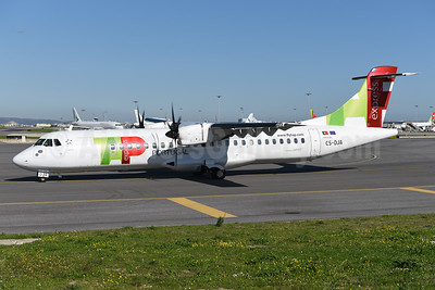 TAP Portugal Express (White Airways) ATR 72-212A (ATR 72-600) CS-DJA (msn 1294) LIS (Ton Jochems). Image: 940764.