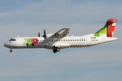 TAP Portugal Express (White Airways) ATR 72-212A (ATR 72-600) CS-DJG (msn 1316) LIS (Ton Jochems). Image: 940714.