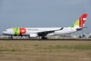 TAP Portugal Airbus A330-223 CS-TOE (msn 305) LIS (Ton Jochems). Image: 937220.