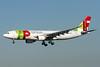 TAP Portugal Airbus A330-223 CS-TOF (msn 308) MIA (Brian McDonough). Image: 910789.