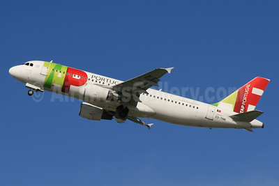 TAP Portugal Airbus A320-214 CS-TNK (msn 1206) LHR (SPA). Image: 937482.