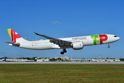 TAP Portugal - Air Portugal Airbus A330-941N CS-TUD (msn 1892) MIA (Ken Petersen). Image: 948862.