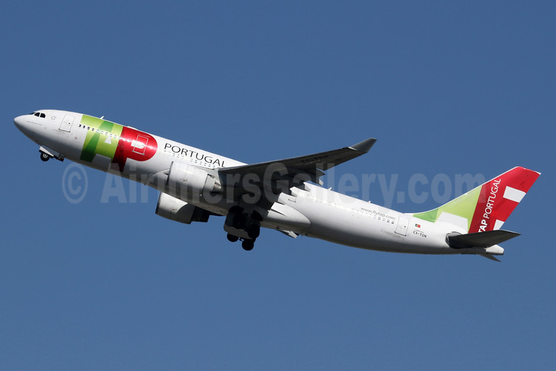 TAP Portugal Airbus A330-223 CS-TOK (msn 317) LHR (SPA). Image: 937491.