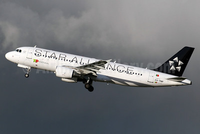 TAP Portugal Airbus A320-214 CS-TNP (msn 2178) (Star Alliance) LHR (SPA). Image: 937478.