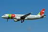 TAP Portugal Airbus A320-214 CS-TMW (msn 1667) LHR (Bruce Drum). Image: 101649.