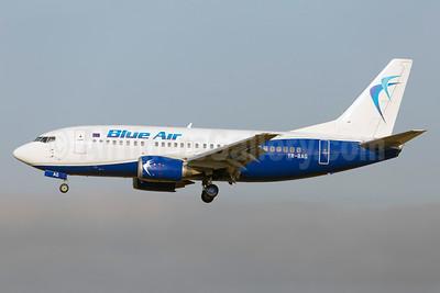 Blue Air Boeing 737-5L9 YR-BAG (msn 24778) FCO (Stefan Sjogren). Image: 938923.