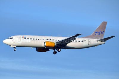 Blue Air (BlueAirweb.com) Boeing 737-405 YR-BAZ (msn 24644) (Jettime colors) BRU (Karl Cornil). Image: 922272.